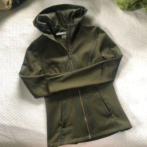 NWOT Athleta Verbier Jacket in Olive green XXS